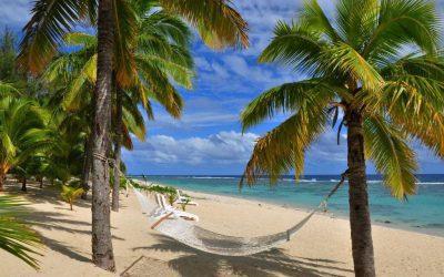 BEACH HOP IN RAROTONGA AND AITUTAKI